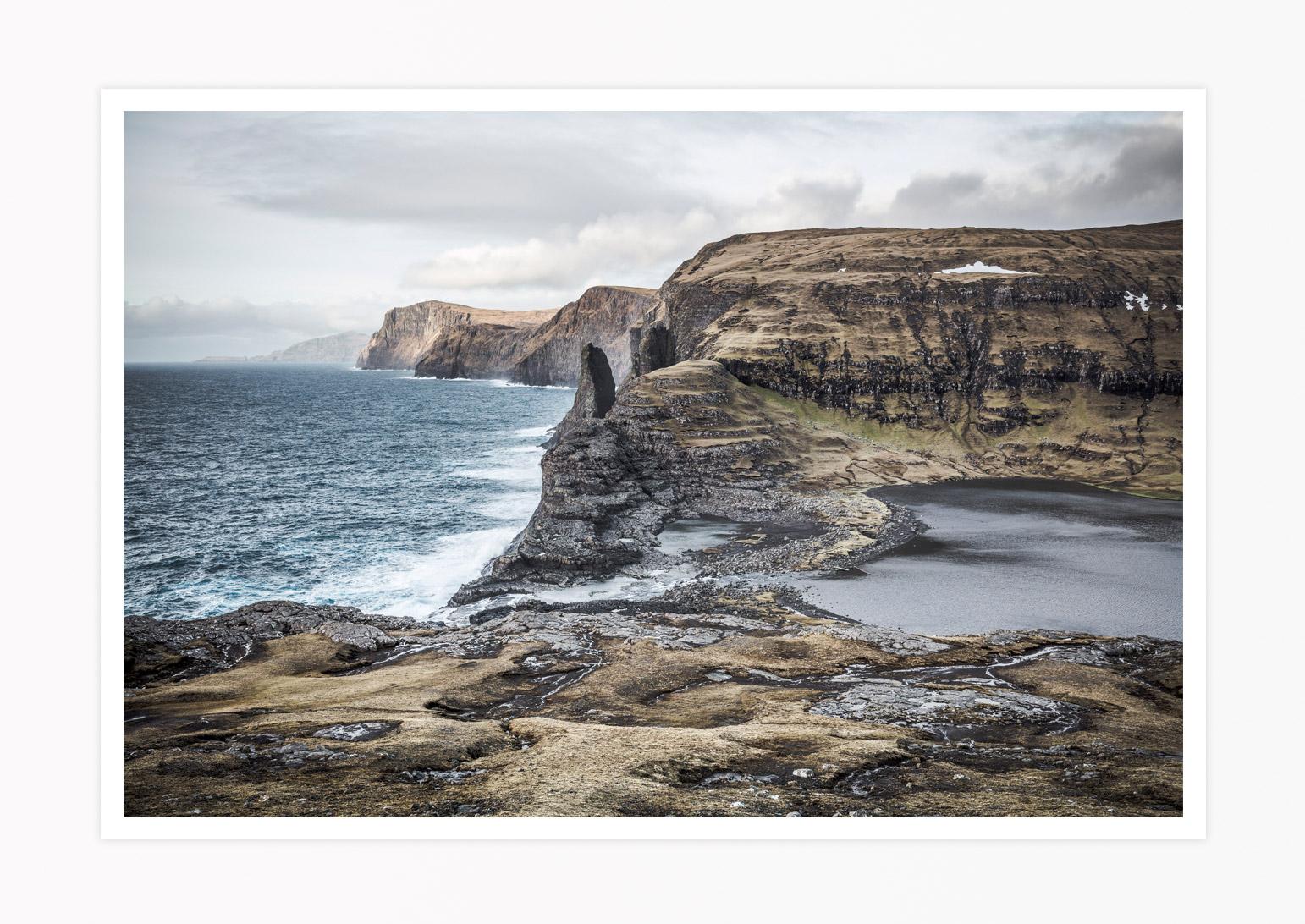 FAROE-ISLANDS-SORVAGSVATN-LEITISVATN