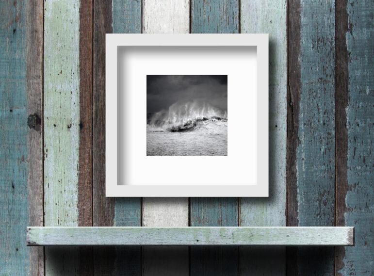 ICELAND-REYNISFJARA-WAVE