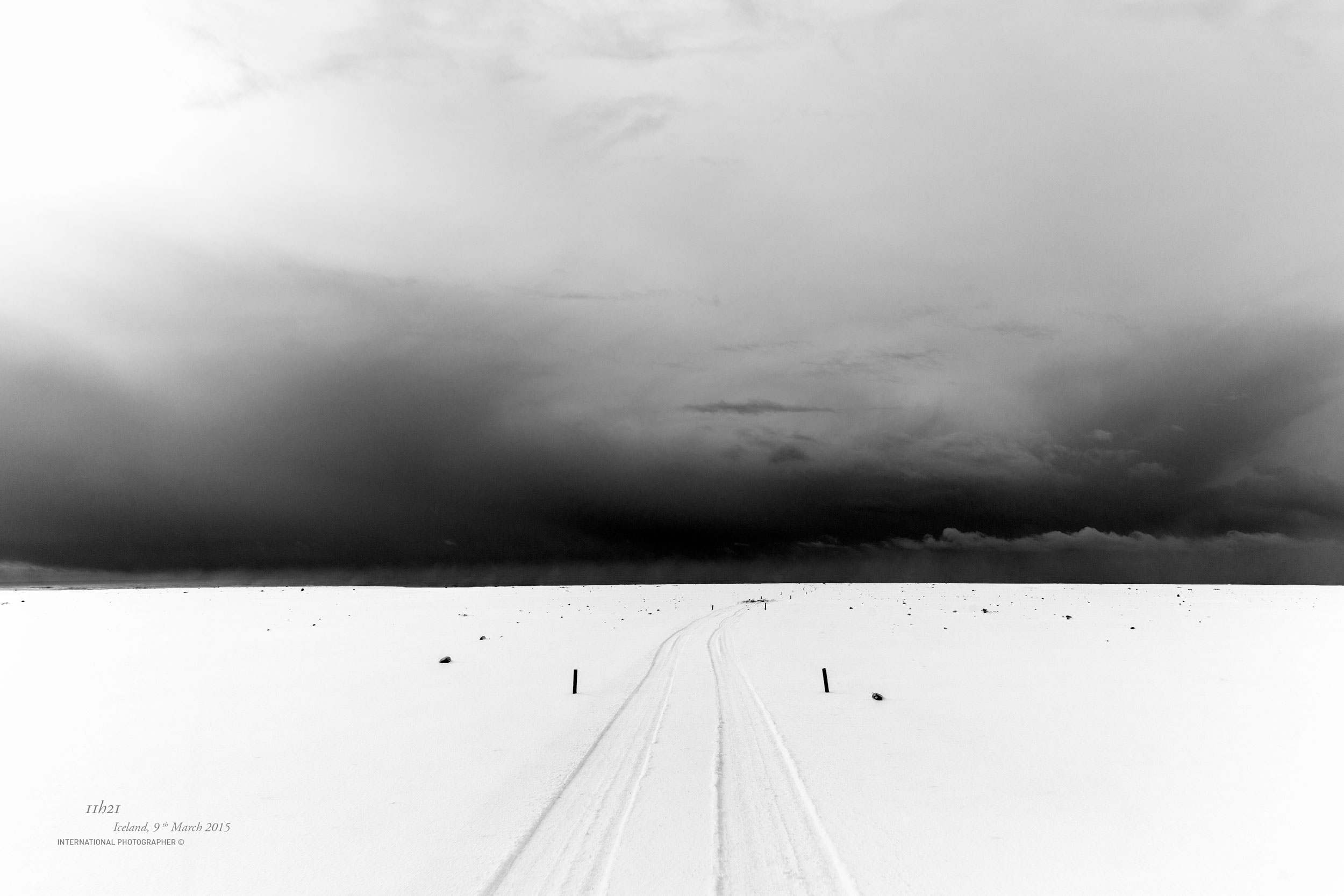 La route vers l'épave de l'avion DC3 sous la neige
