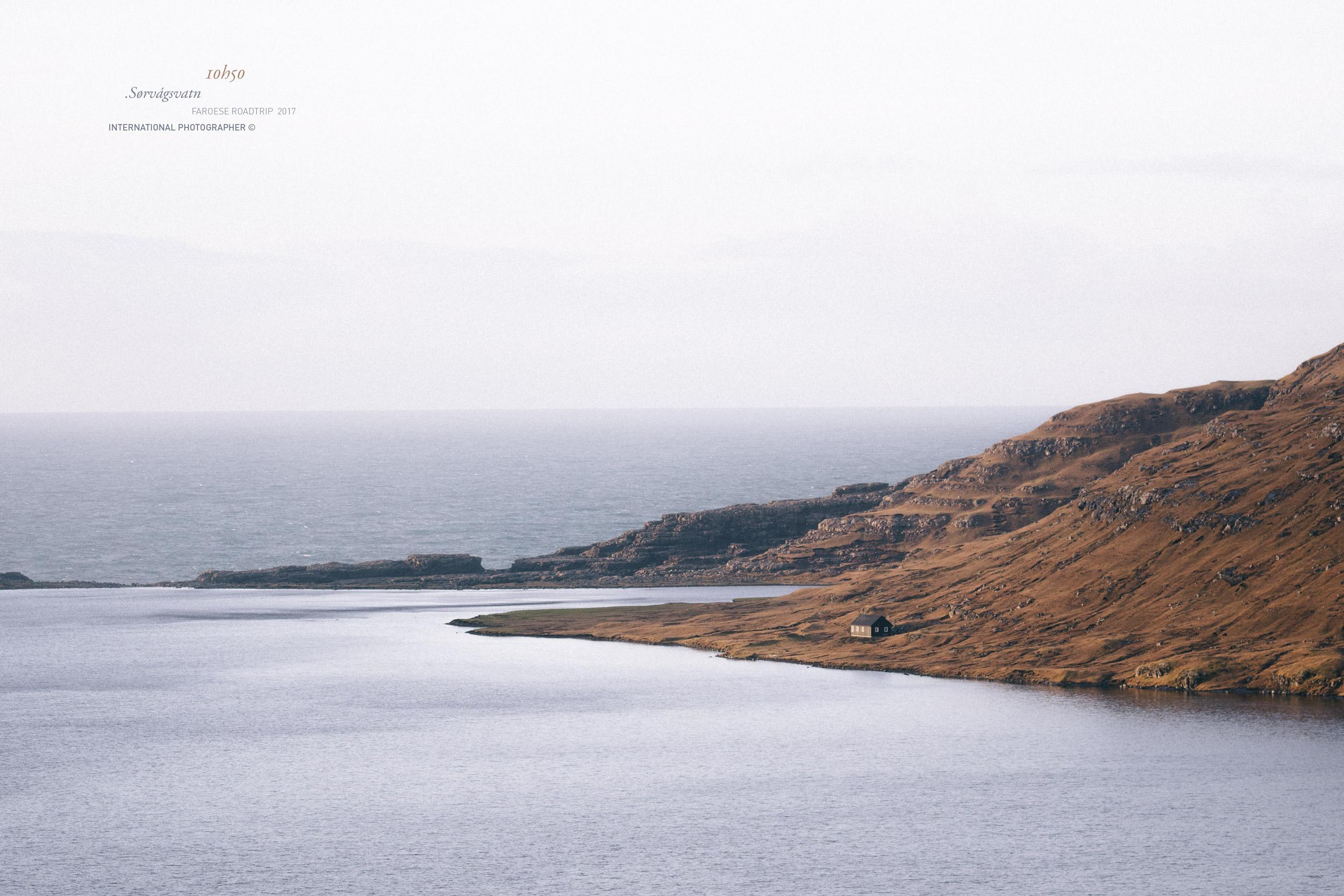 Randonnée sur les rives du Sørvágsvatn